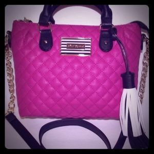 👜 Hot pink, black&white Betsey Johnson tote 👜